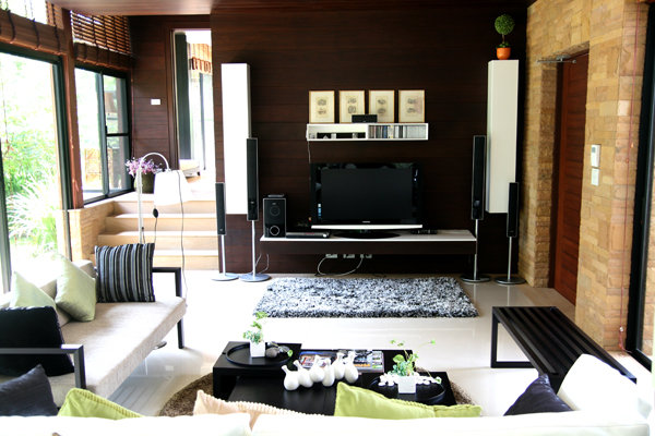 Luxury House For Sale and Rent in East Pattaya