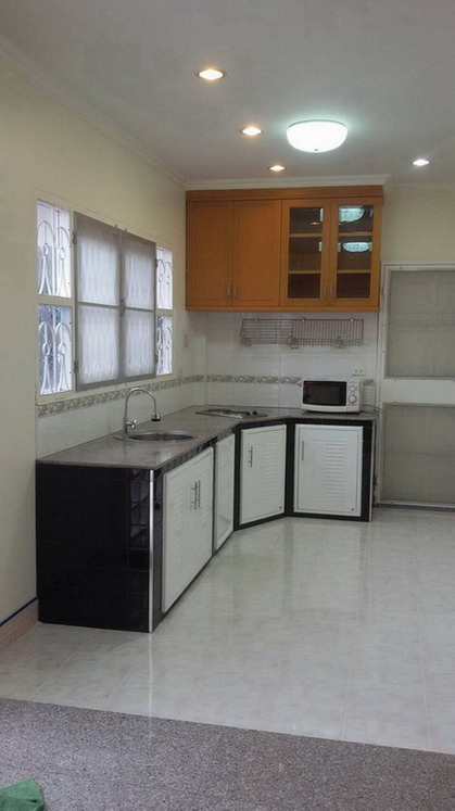 2-Storey House for Sale or Rent Pattaya City