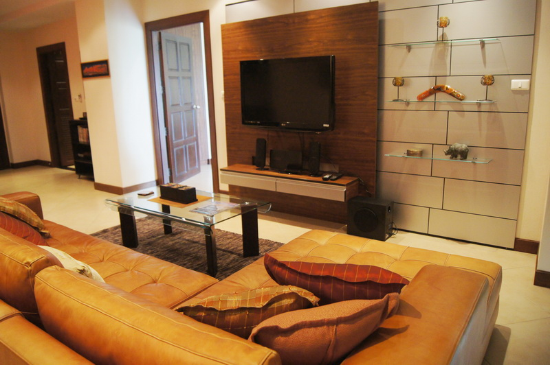 Condominium for Sale and Rent Jomtien Area