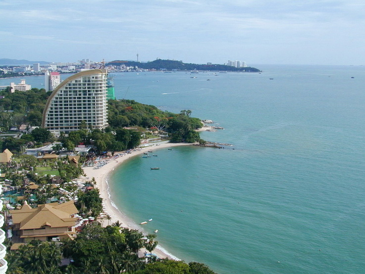 Luxury Beachfront Condominium for Sale and Rent in Northpoint Condo