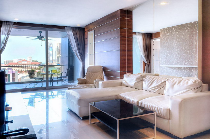 Luxurious Condo 3 Bedrooms for Rent in Central Pattaya