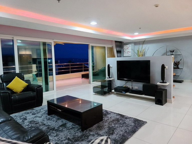 Modern Condo for Sale Rent on Pratumnak Hill Pattaya
