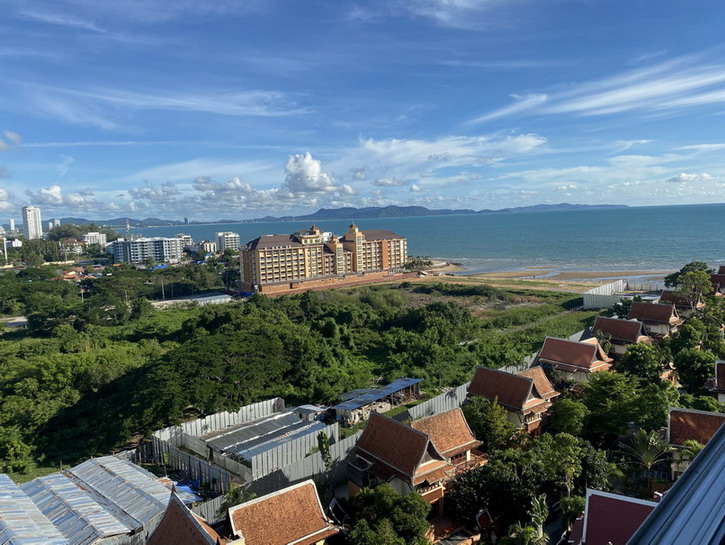 Lovely Sea View Condo for Sale Na Jomtien, Pattaya