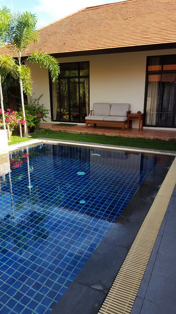 Lovely Family Home 4 Bedrooms Thai Bali House for Sale and Rent in East Pattaya