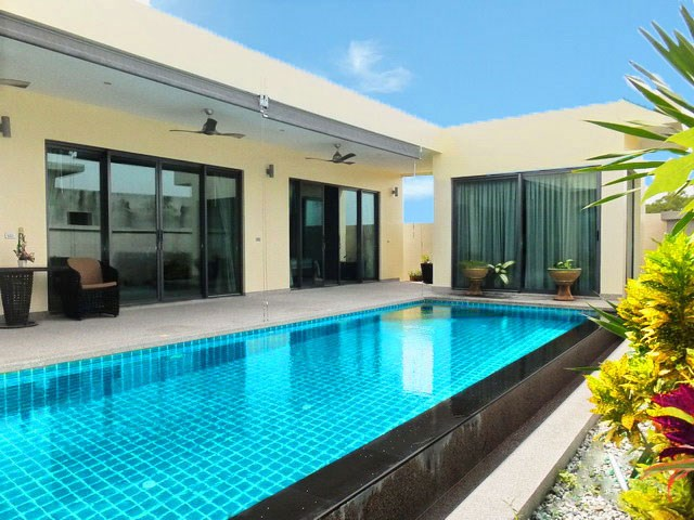 Pool Villa For Sale Rent in Mabprachan Lake East Pattaya Thailand